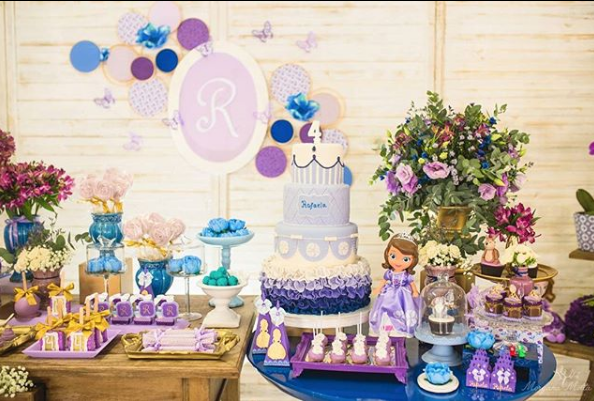 Princess sofia dessert tables
