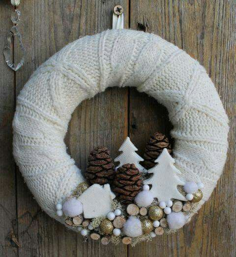 white christmas crowns IV