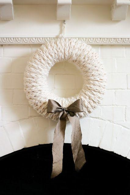 white christmas crowns V