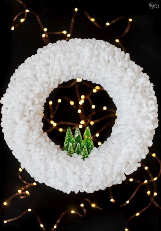 white christmas crowns III