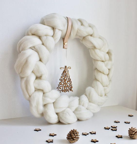 white Christmas crowns