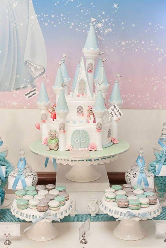 Cinderella party cakes