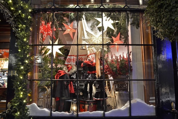 Decorate your store for Christmas