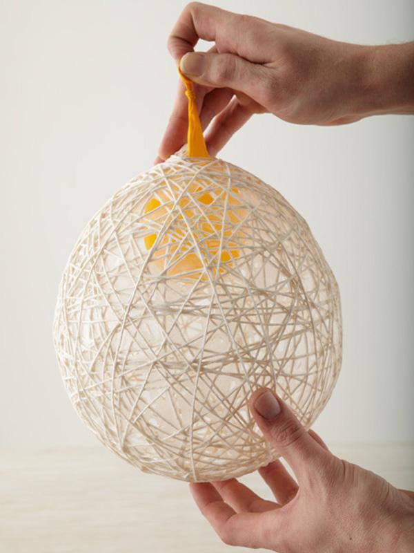 How to make balls of Natal com barbante - Step 6