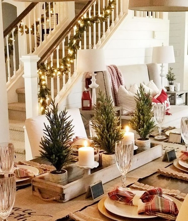 Rustic Christmas centrepieces