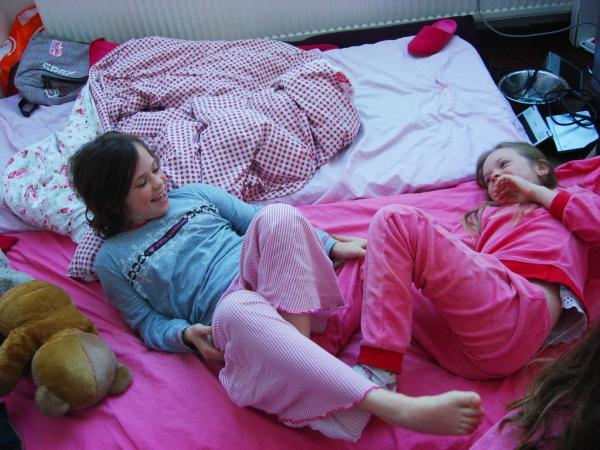 30 pyjama night jumps