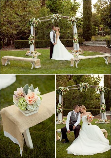 Mini wedding: ceremony decoration with flower arrangement