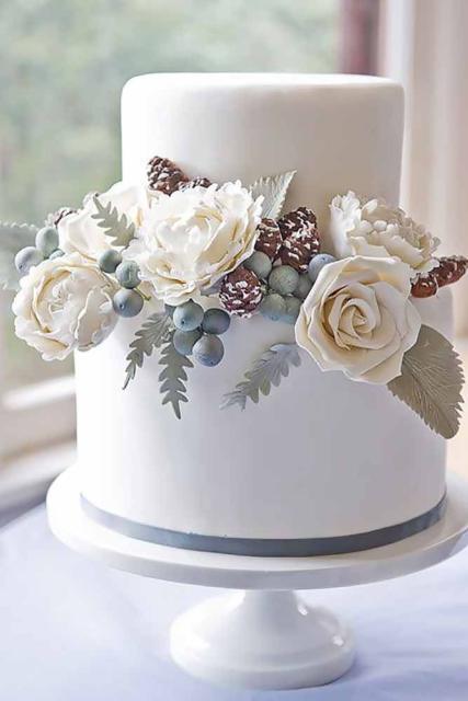 Mini wedding: cake with american paste