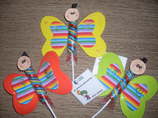 butterfly souvenirs with stick lollipop