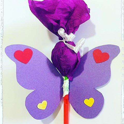 butterfly souvenirs with purple lollipop