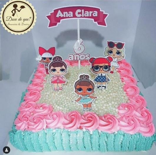 blue and pink square cake
