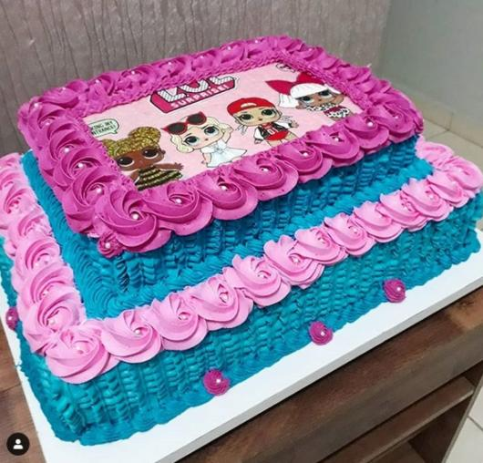2-story cake with rice paper
