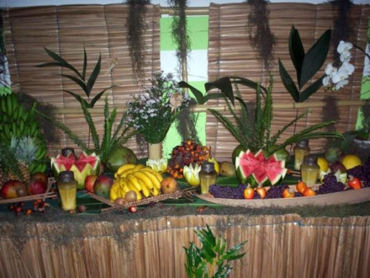 Hawaiian party straw decoration