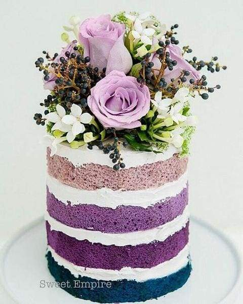 Cake theme party flowers