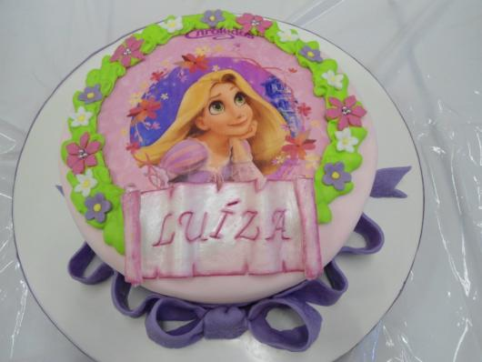 Tip of American Paste Cake with Rice Paper from Rapunzel
