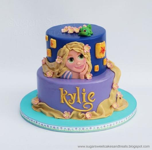 Rapunzel's two-story cake tip