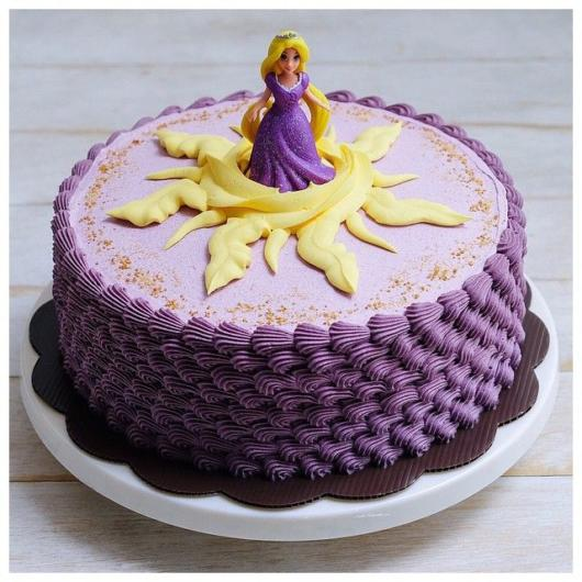 Rapunzel's cake with purple whipped cream
