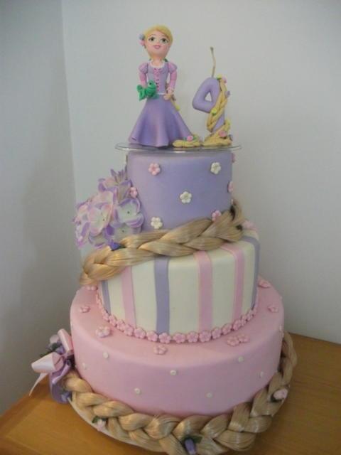 Rapunzel Scenic Biscuit Cake