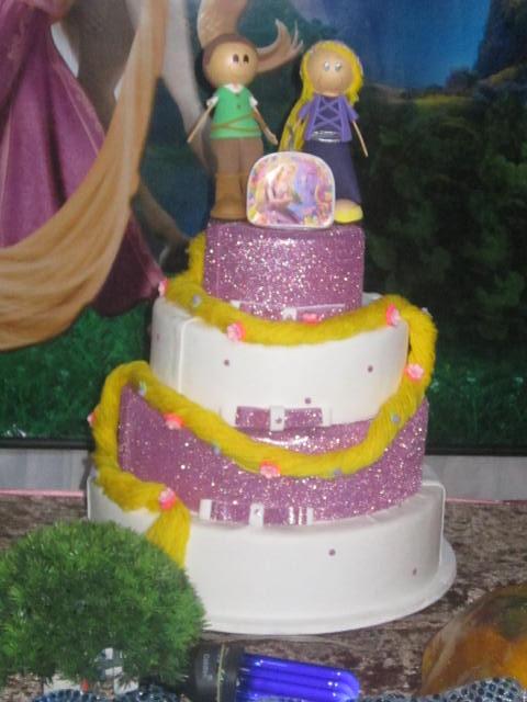 Fake cake decoration with glitter