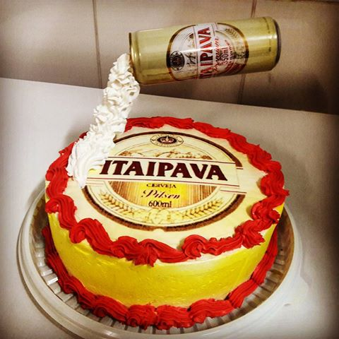 Rice paper that highlights the brand in a beautiful round cake