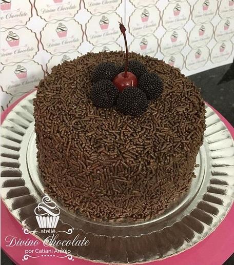 simple round cake
