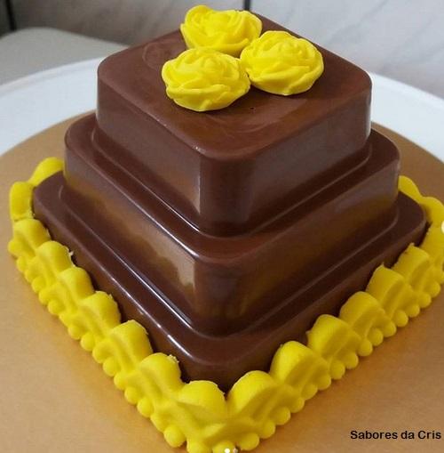 miniature cake souvenir