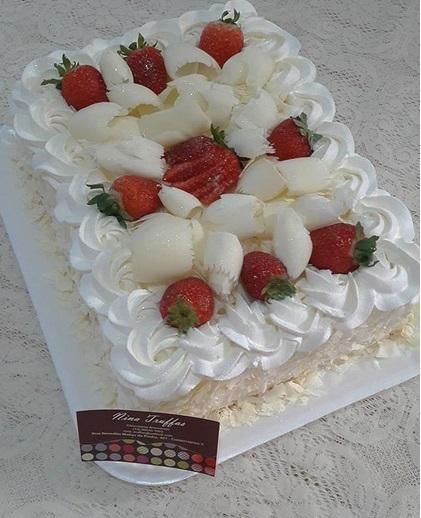 rectangular white chocolate cake