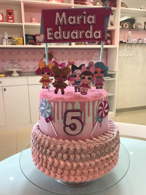 2-story pink cake