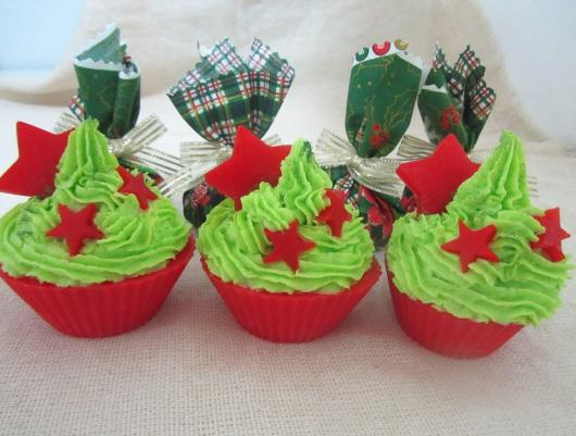 Green Whipped Cream Christmas Cupcake with Red Cupcake