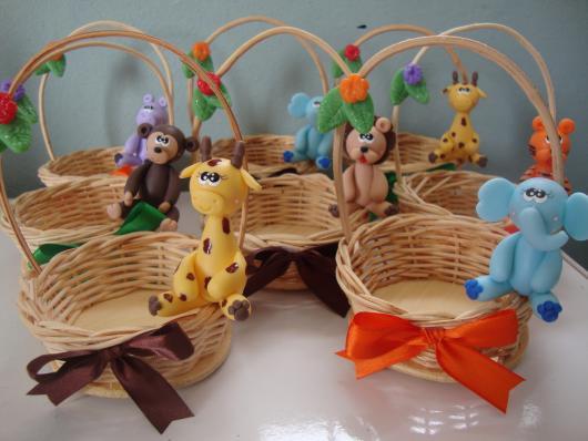 Safari party souvenir basket
