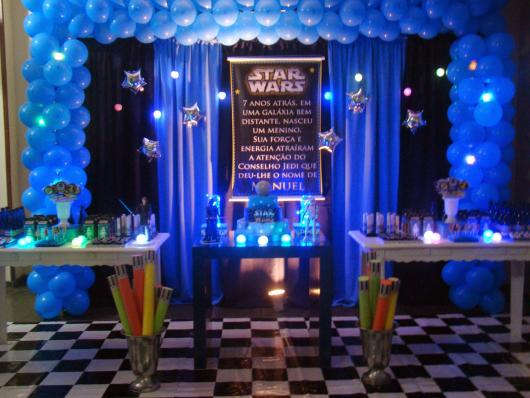Star Wars party blue and black decoration