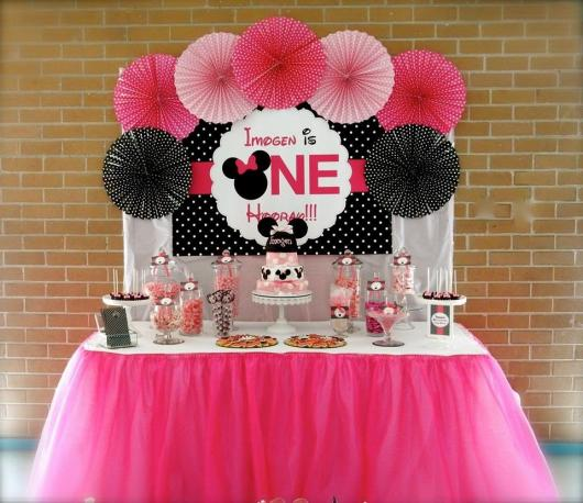 Simple Pink Minnie Party