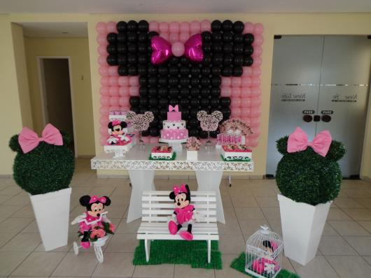 Minnie Pink Provencal Model Party
