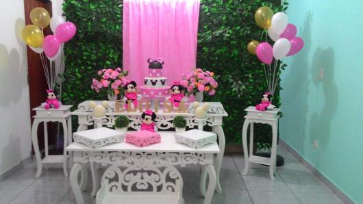 Minnie's Party Pink Provencal Decor