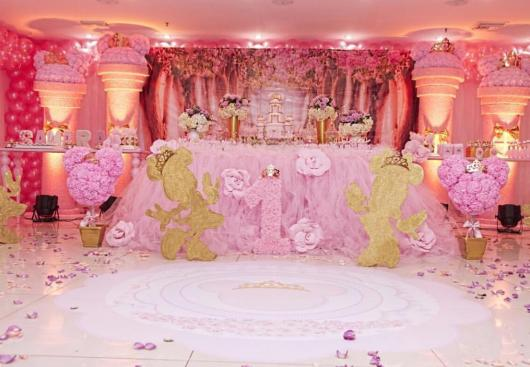 Minnie's party beautiful pink with gold