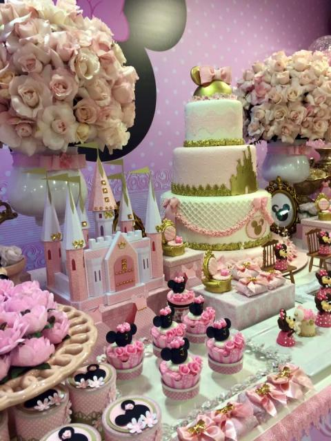 Minnie's party rose gold decoration