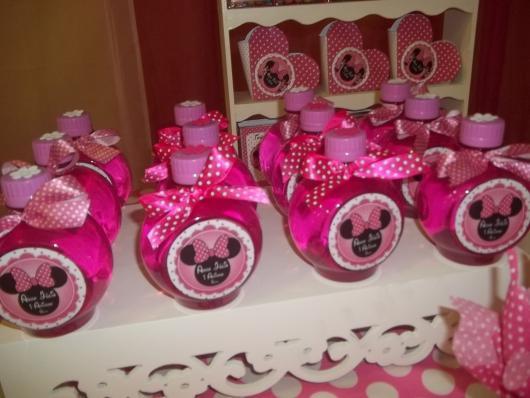 Minnie's party pink bottle
