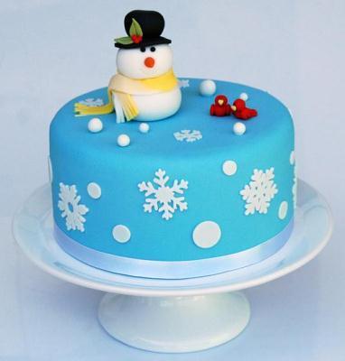 Simple Snowman Christmas Cake