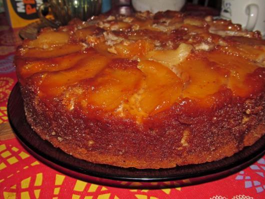 Simple apple caramel Christmas cake