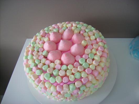 Simple colored marshmellow Christmas cake