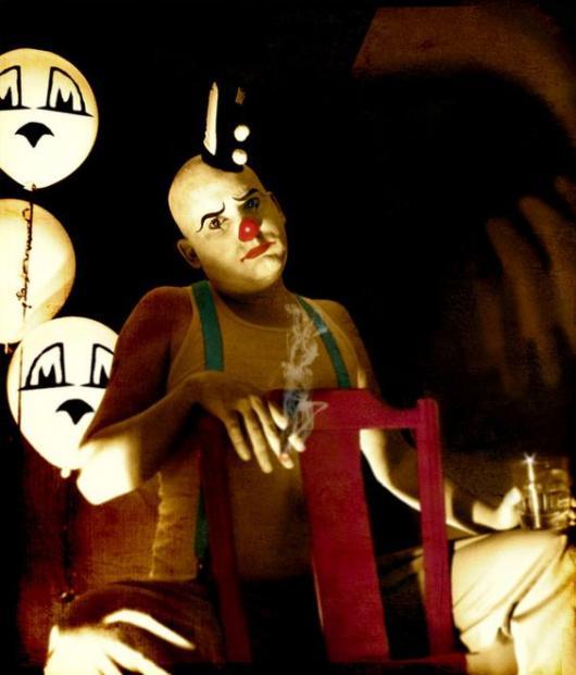 simple clown costume