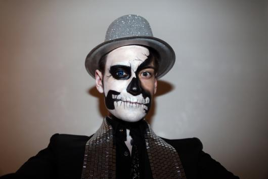 creative skull makeup