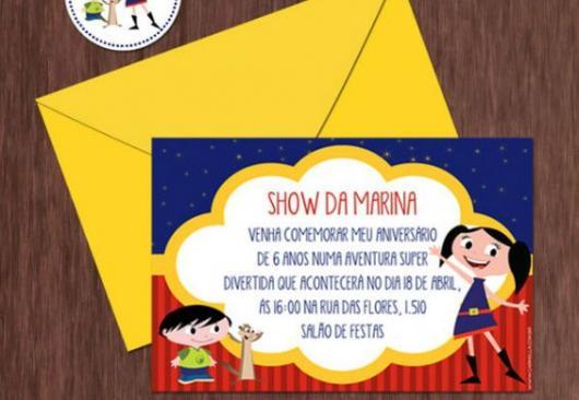 Luna Show invitation with yellow envelope