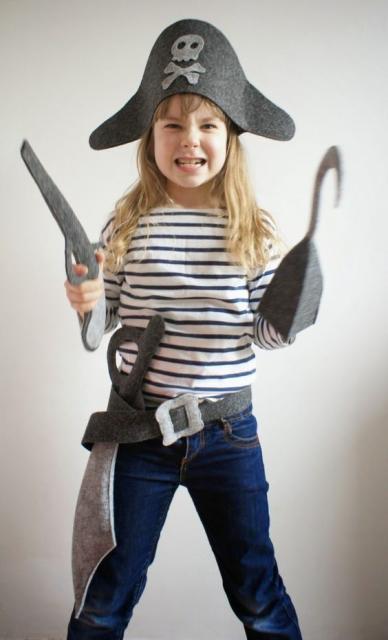 children's pirate costume