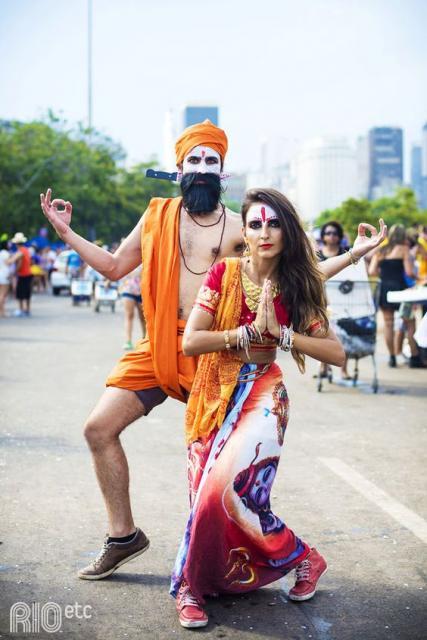 costume carnival couple