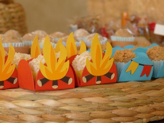 party favors at eva bonfire