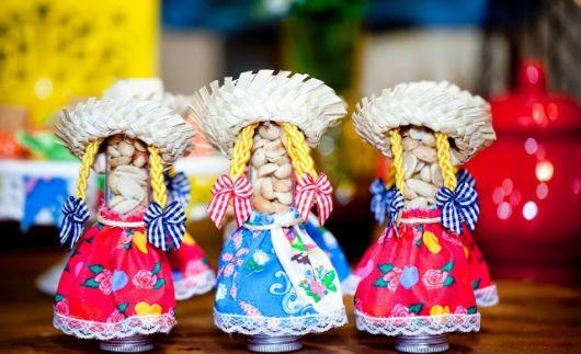 party favors junina tubete