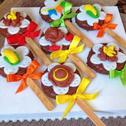 junina chocolate lollipop party favors