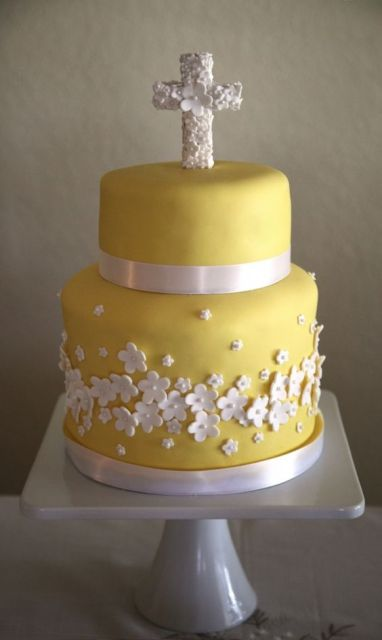 yellow and white cake