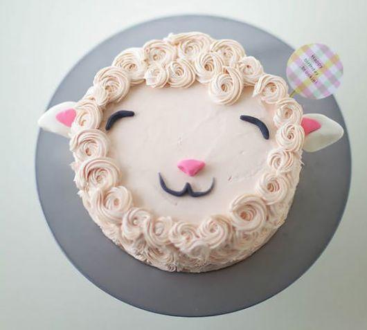 sheep whipped cake